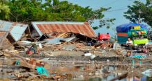 Indonesia tsunami: Death toll almost 1400