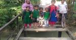 শরণখোলায় ব্রিজ ভেঙ্গে যাওয়ায় শিক্ষার্থীদের দুর্ভোগ