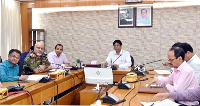 মঙ্গলবার বাণিজ্য সচিব ড. মোঃ জাফর উদ্দীন মন্ত্রণালয়ের সম্মেলন কক্ষে পেঁয়াজের বাজারদরের ঊধর্বগতি রোধে আয়োজিত সভায় সভাপতিত্ব করেন -পিআইডি
