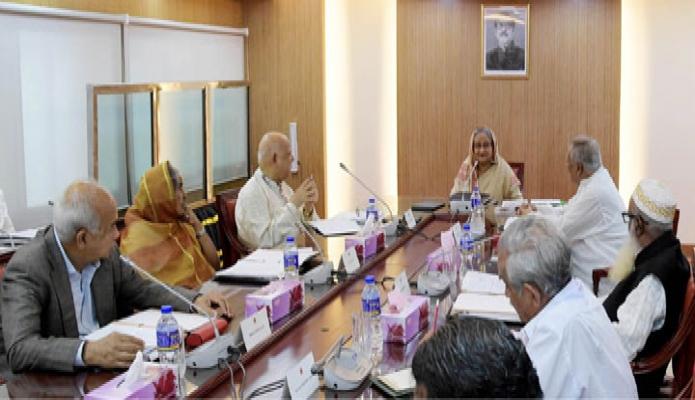 প্রধানমন্ত্রী শেখ হাসিনা সোমবার বাংলাদেশ সচিবালয়ে মন্ত্রিপরিষদ বৈঠকে সভাপতিত্ব করেন-এবিনিউজ
