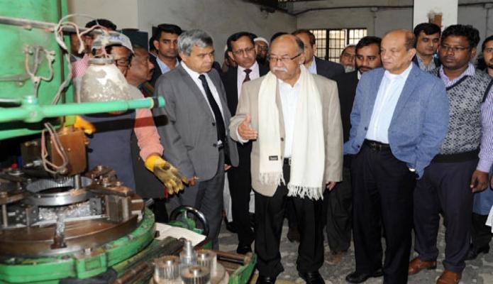 বুধবার শিল্পমন্ত্রী নূরুল মজিদ মাহমুদ হুমায়ুন ঢাকায় বিটাকের কার্যক্রম পরিদর্শন করেন -পিআইডি