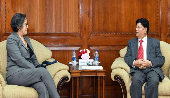 রবিবার পররাষ্ট্রমন্ত্রী এ. কে. আব্দুল মোমেনের সাথে ঢাকায় পররাষ্ট্র মন্ত্রণালয়ের জাতিসংঘের বিশেষ দূত Yanghee Lee  সাক্ষাৎ করেন -পিআইডি
