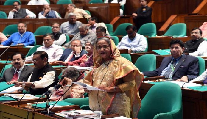 শনিবার  প্রধানমন্ত্রী শেখ হাসিনা ঢাকায় জাতীয় সংসদে ২০১৯-২০২০ অর্থবছরের প্রস্তাবিত বাজেটের ওপর আলোচনা করেন -পিআইডি