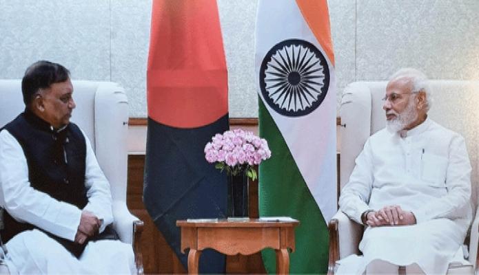 বৃহস্পতিবার ভারতের প্রধানমন্ত্রী নরেন্দ্র মোদিও সাথে দিল্লীতে তাঁর সরকারি বাসভবনে স্বরাষ্ট্রমন্ত্রী আসাদুজ্জামান খান সাক্ষাৎ করেন -পিআইডি