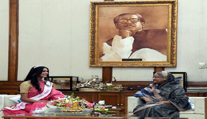শনিবার প্রধানমন্ত্রী শেখ হাসিনার সাথে ঢাকায় গণভবনে মিজ্ ইউনিভার্স বাংলাদেশ প্রতিযোগিতায় অংশগ্রহণকারী চ্যাম্পিয়ন সাক্ষাৎ করেন -পিআইডি