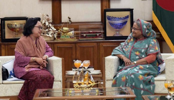 বুধবার প্রধানমন্ত্রী শেখ হাসিনার ঢাকায় গণভবনে UNESCAP এর আন্ডার সেক্রেটারি জেনারেল সক্রেটোরি জনোরলে Armida Salsiah Aliajahbana  সাক্ষাৎ করেন -পিআইডি