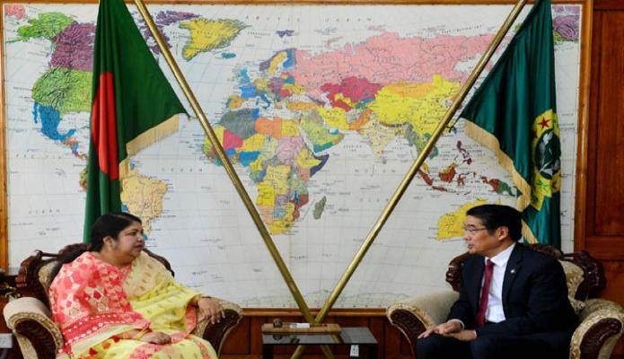 মঙ্গলবার স্পিকার ড. শিরীন শারমিন চৌধুরীর সাথে তাঁর কার্যালয়ে জাপানের রাষ্ট্রদূত নাওকি ইতো সাক্ষাৎ করেন -পিআইডি