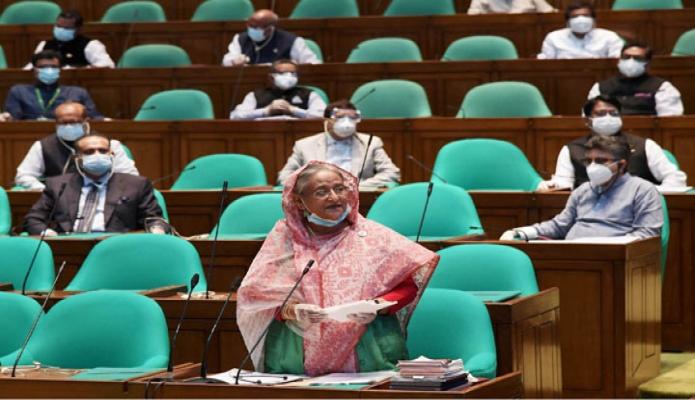 মঙ্গলবার প্রধানমন্ত্রী শেখ হাসিনা জাতীয় সংসদে একাদশ সংসদের ৮ম (বাটেজ) অধিবেশনে আওয়ামী লীগের প্রতিষ্ঠাবার্ষিকী উপলক্ষে পয়েন্ট অব অর্ডারে বক্তব্য রাখেন -পিআইডি