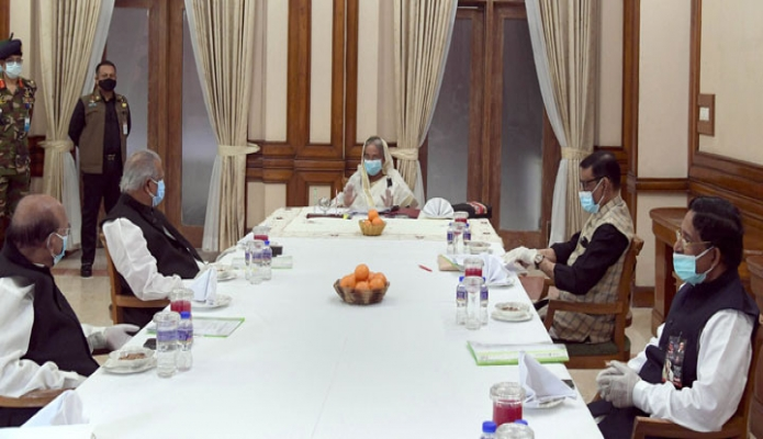 রবিবার প্রধানমন্ত্রী শেখ হাসিনা ঢাকায় গণভবনে বাংলাদেশ আওয়ামী লীগের সংসদীয় মনোনয়ন বোর্ডের সভায় সভাপতিত্ব করেন -পিআইডি