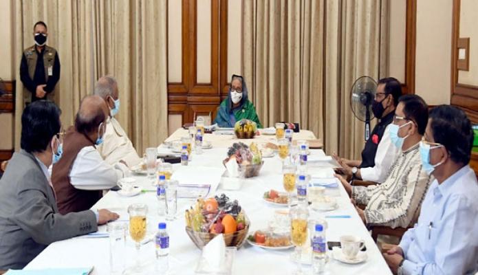 শনিবার প্রধানমন্ত্রী শেখ হাসিনা গণভবনে বাংলাদেশ আওয়ামী লীগের সংসদীয় মনোনয়ন র্বোড সভায় সভাপতিত্ব করেন -পিআইডি
